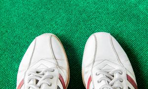 レディースゴルフシューズの選び方!人気のシューズブランドまとめ
